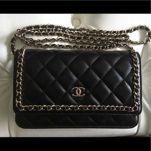 2019 Chanel classic chain around Wallet on Chain